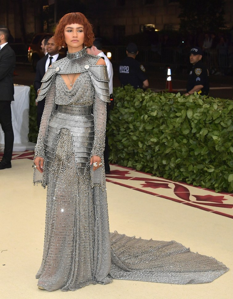 Zendaya (wearing Versace)   Photographer:Neilson Barnard