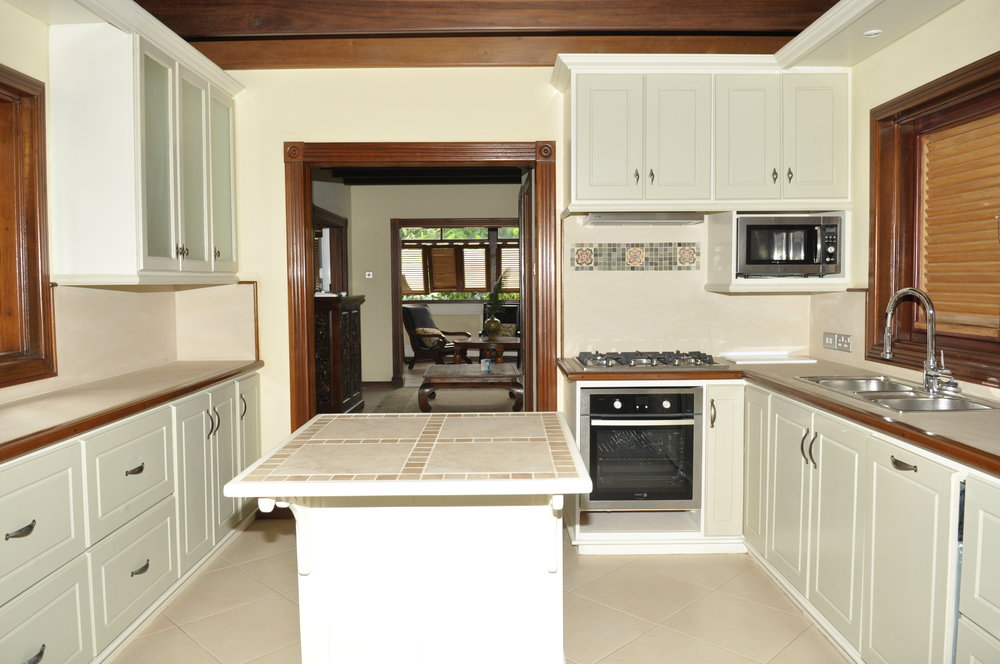 Cottage Kitchen 2.JPG