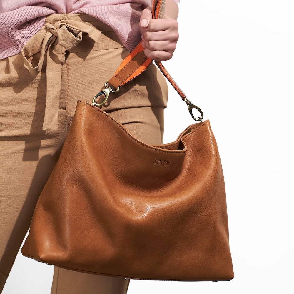 Vegetable tanned leather bag by O My Bag