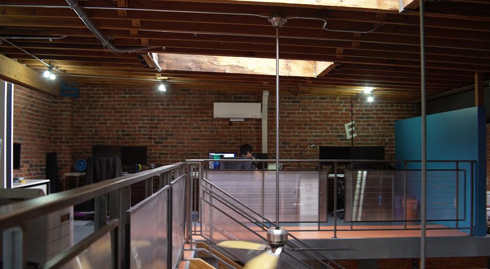 Upstairs_01.jpg