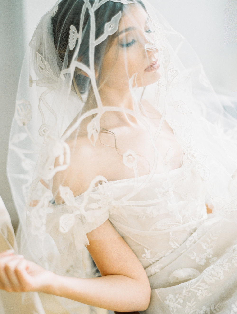 nyc-manhattan-bridal-editorial-newyork-public-library-jessica-bellinger-photography -82.jpg