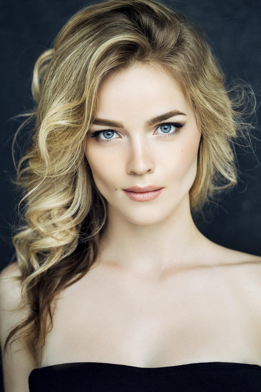 Panama Blond by Nicolas Sioen