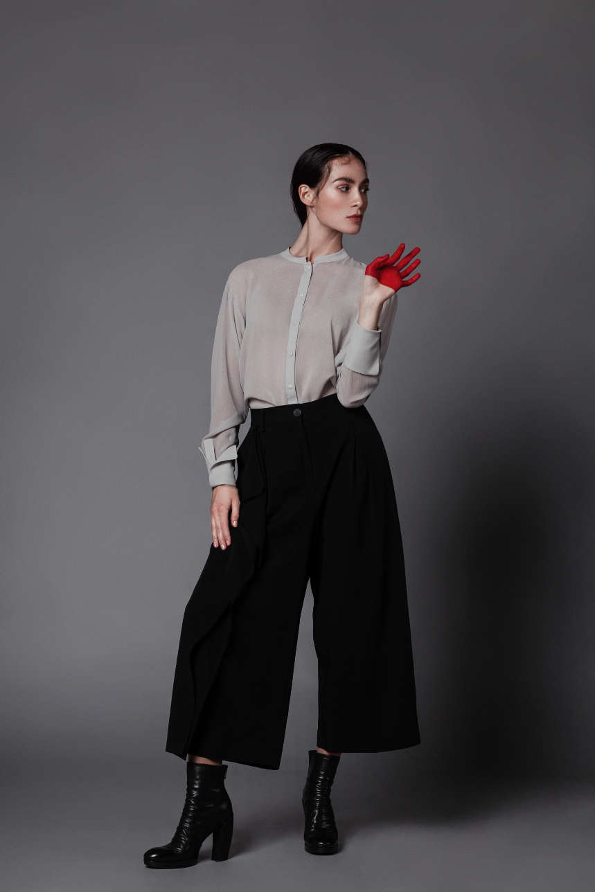 Blouse by Ilaria Nistri, Pants by Isabel Benenato, Shoes by Officine Creative