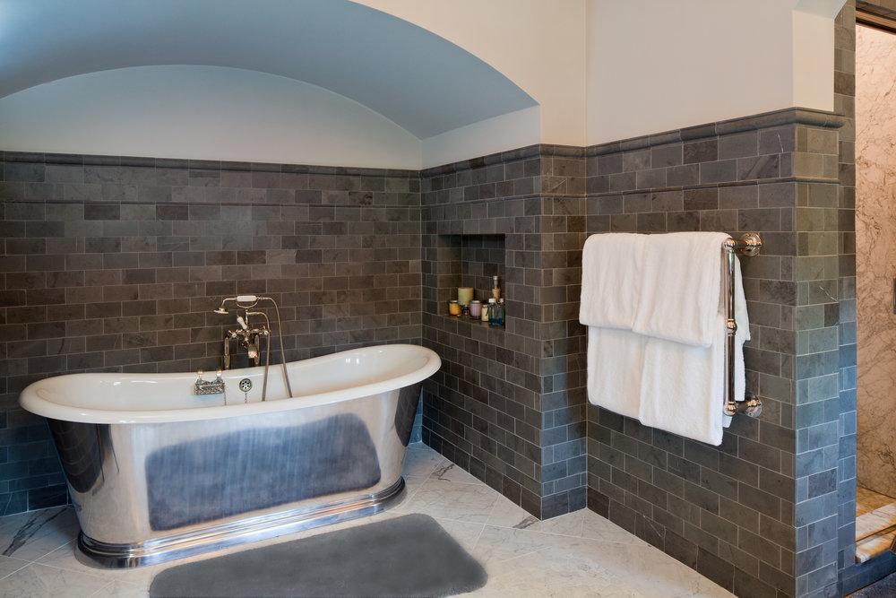 bath fixed rug 1.jpg