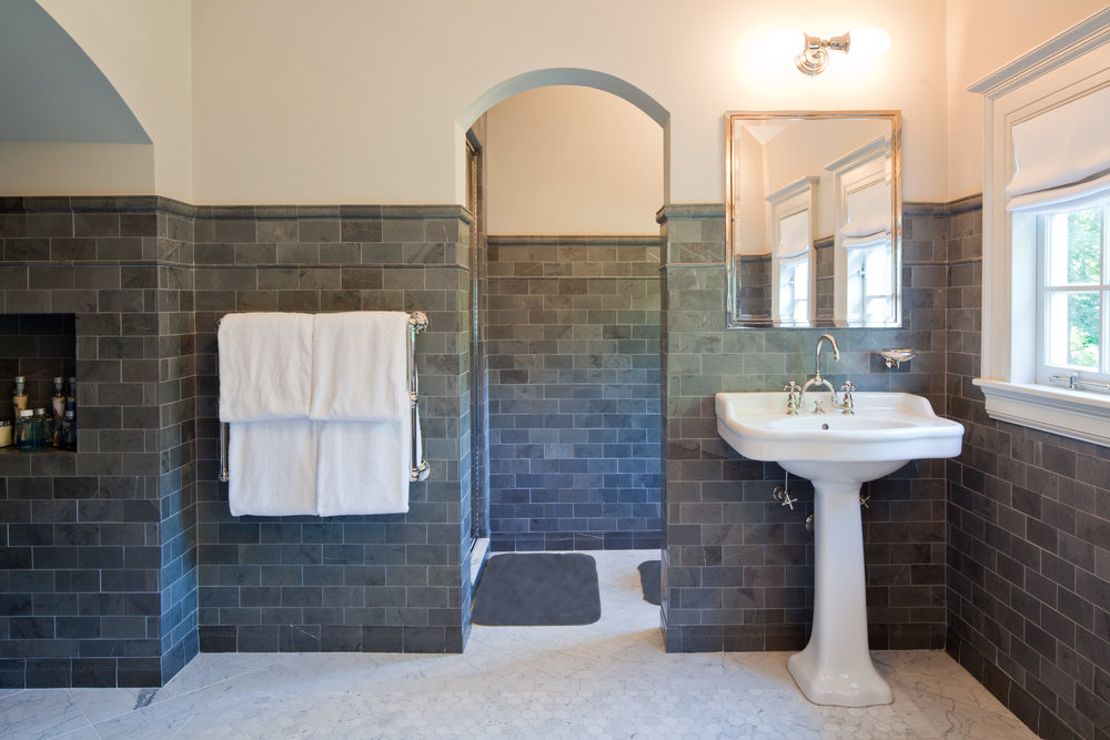bath fixed rug 2.jpg