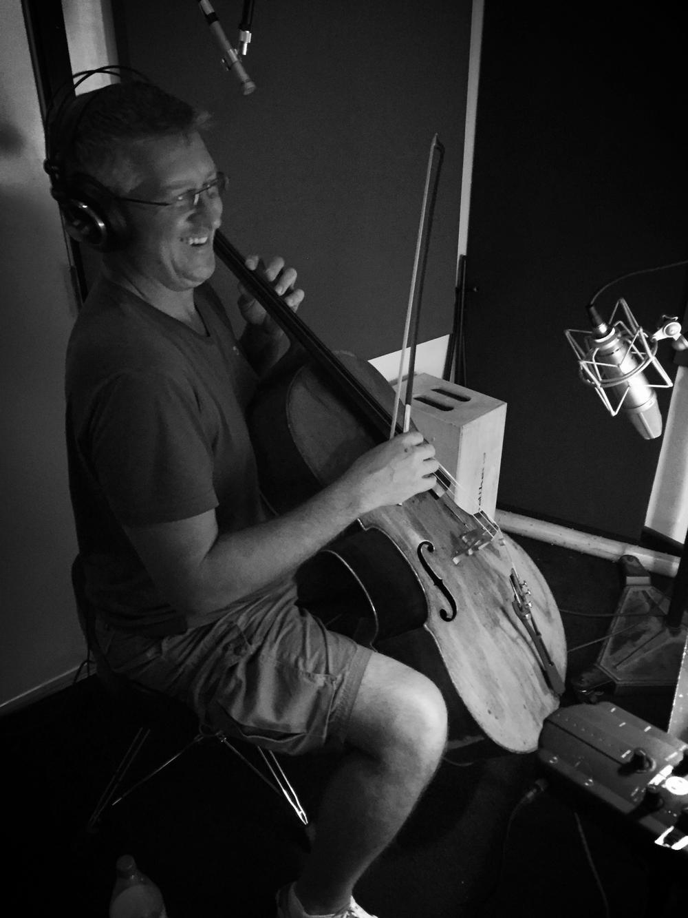 Cello master Cam Stone