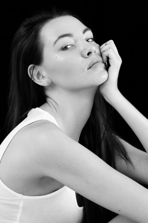 fashion-portfolio_vaniaelise-NewVersion_modeltest_vaniaelisephotography--26.jpg