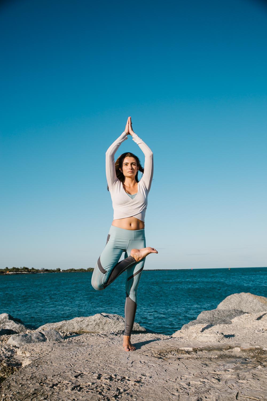 Caitlin_yoga_vaniaelisephotography-J18A2266-Edit.jpg