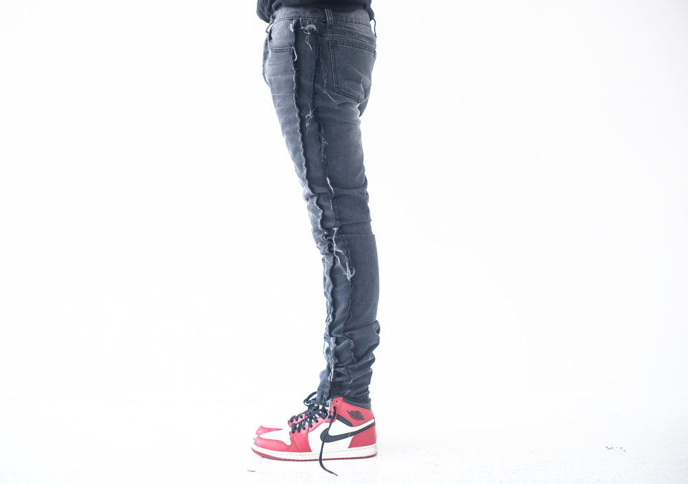 DENIM - BLACK RAW EDGE CORE 002.jpg