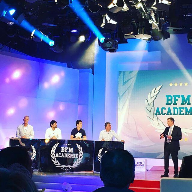 2 startups de @numa_paris en final de bfm academy : @travauxlib et @sharepay .  Pour voter : http://bfmbusiness.bfmtv.com/evenement/bfm-academie/