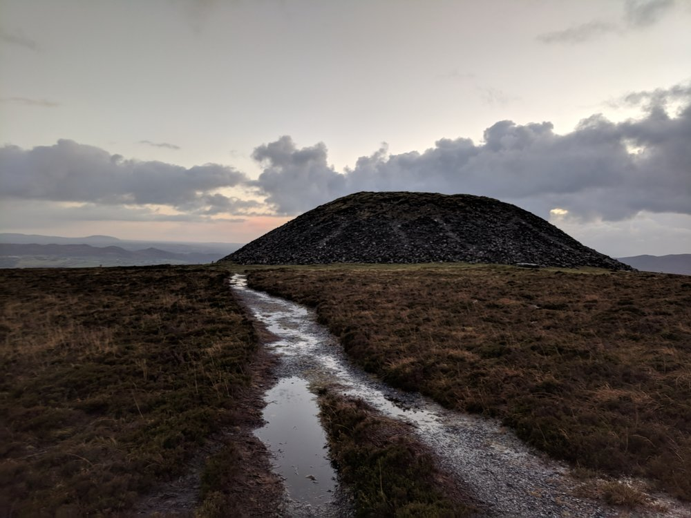 Queen Maeve's tomb in county Sligo, Knocknarea