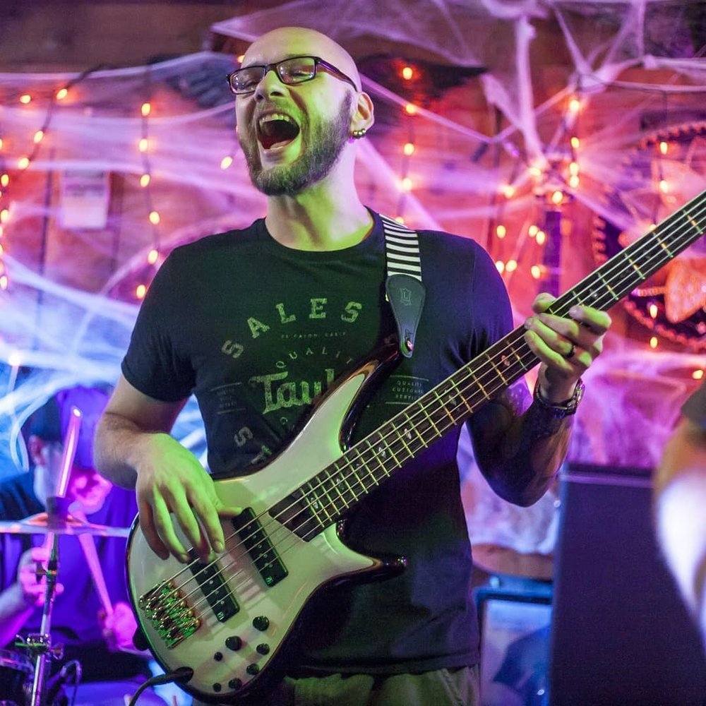 Tommy Guns Band Live at The Honkey Tonk ( Photography Courtesy of Jamie Barrese)