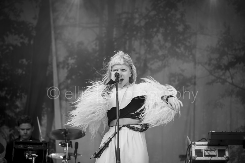 Aurora singer powerful during her concert on the festival of Træna festivalen. Black and white concert photographer. Ellis Peete