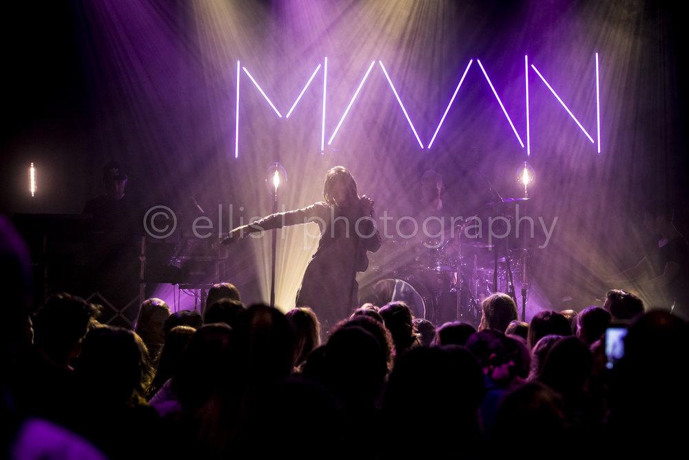 Concert van Maan bij Gigant in Apeldoorn. Publieksfoto. Ellis Photography.