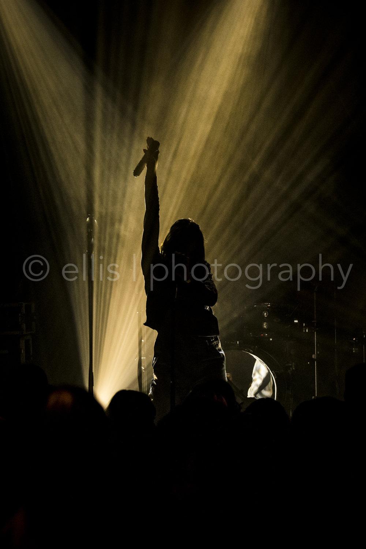 concertfoto van Maan bij Gigant in Apeldoorn. Foto credits Ellis Peeters Photography