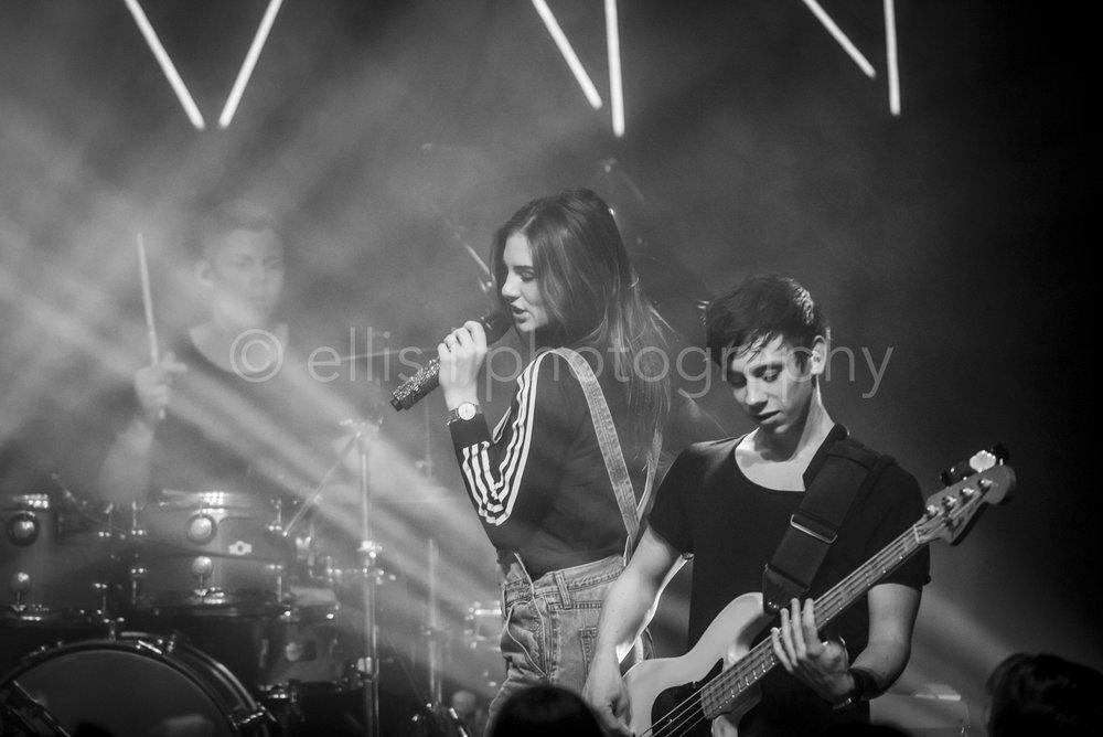 concertfotografie door Ellis Peeters Photography Apeldoorn. Concert van Maan bij Gigant in Apeldoorn