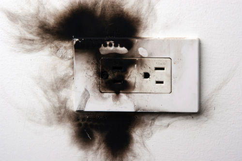 electrical-repair burned socket.jpg