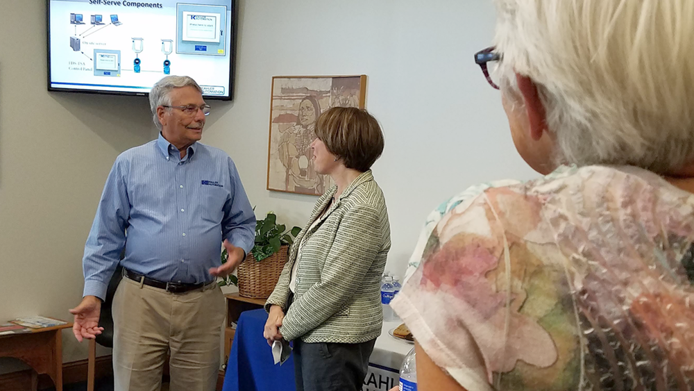 As the tour wrapped up, Wayne Kahler and Sen. Klobuchar discussed the importance of rural broadband to the nation's economic success.