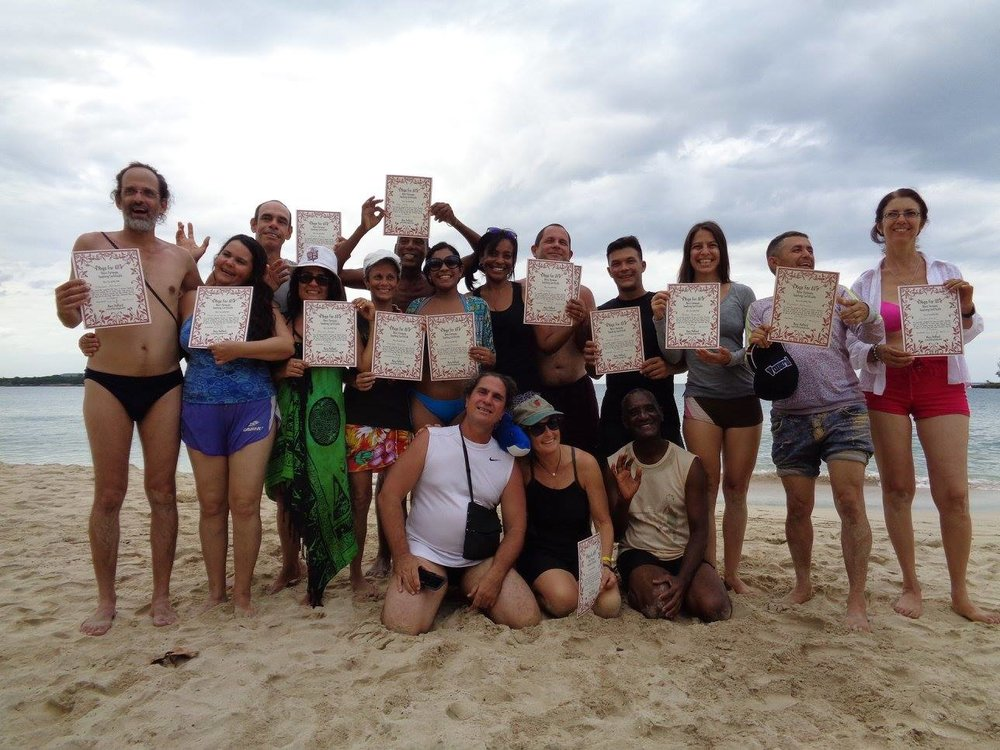 ¡Yoga Va! - celebrating and......... homeless!Help us support a Cuban Yoga Space