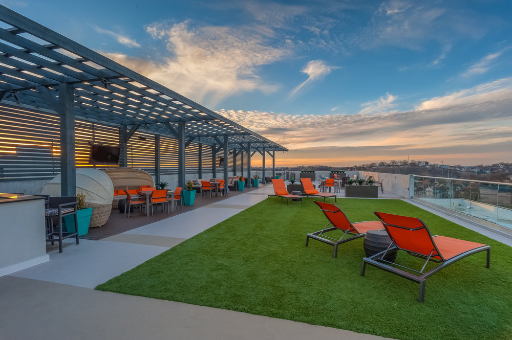 sky-lounge.jpg