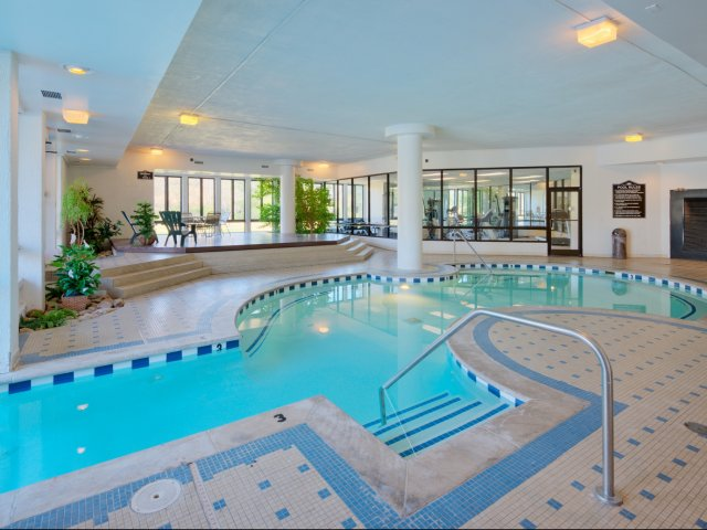indoor-pool.jpg
