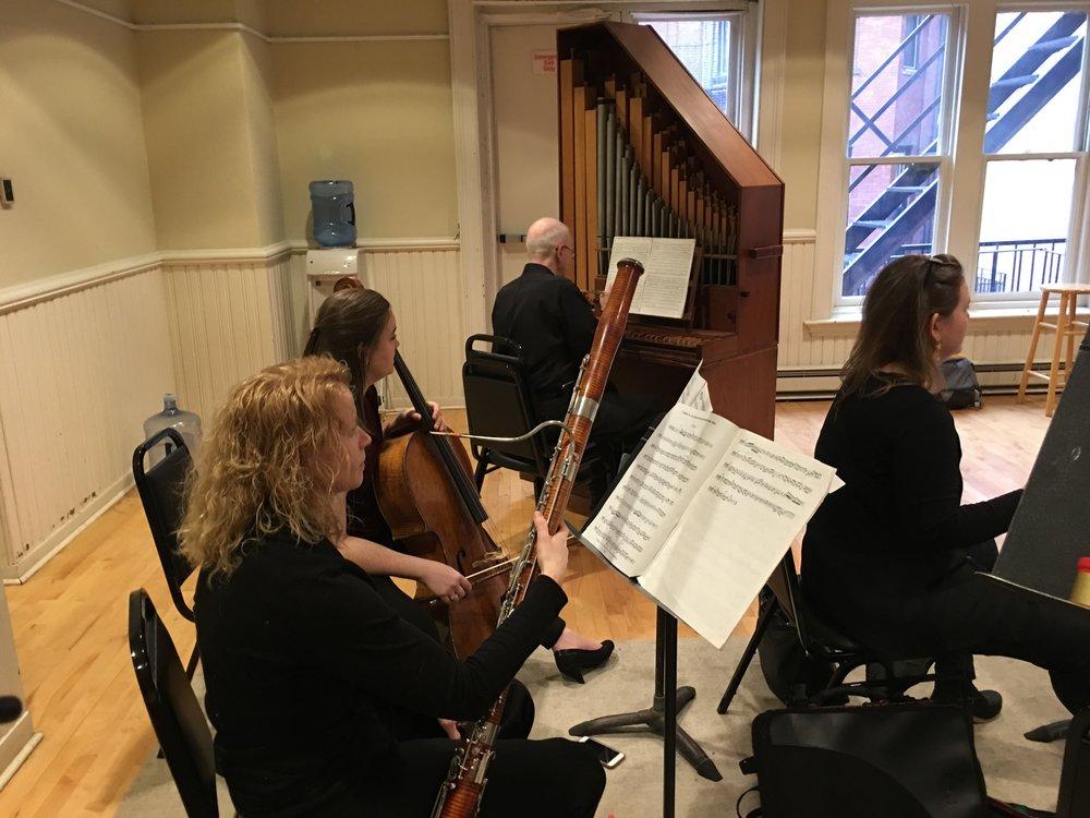 Continuo Section: Cora Swenson Lee (cello), Michael Beattie (organ), Hazel Malcolmson (bassoon)