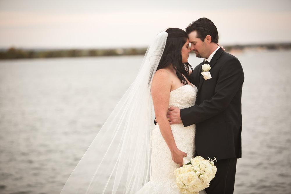 Horseshoe_Bay_Yacht_Club_Wedding_26.jpg