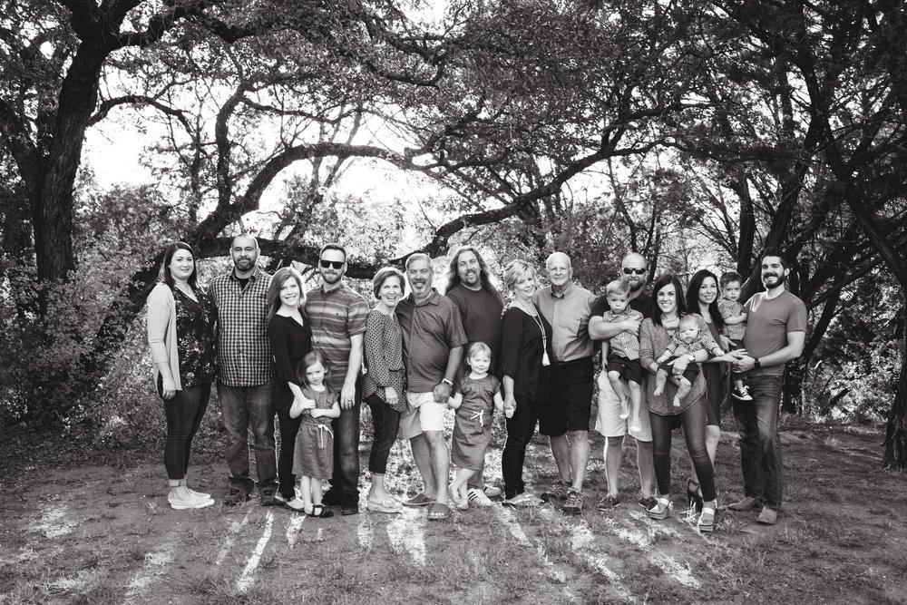 Marble_Falls_Stobaugh_Family_Photographer_Jenna_Petty_02.jpg