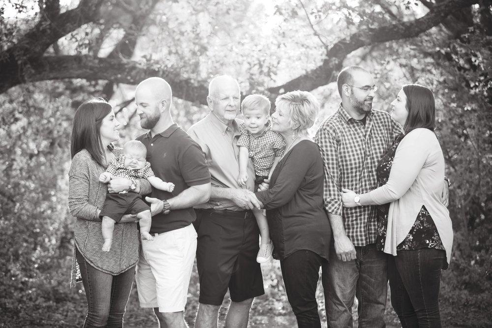 Marble_Falls_Stobaugh_Family_Photographer_Jenna_Petty_07.jpg