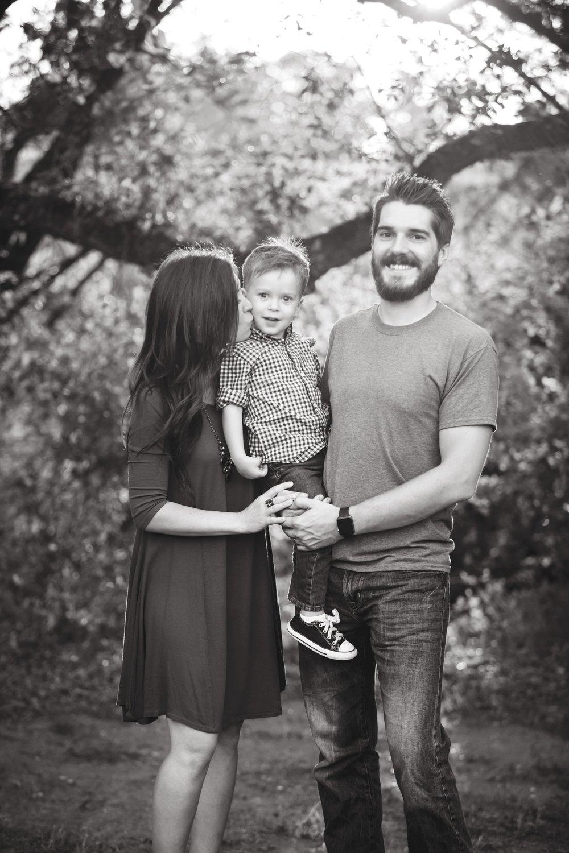 Marble_Falls_Stobaugh_Family_Photographer_Jenna_Petty_13.jpg