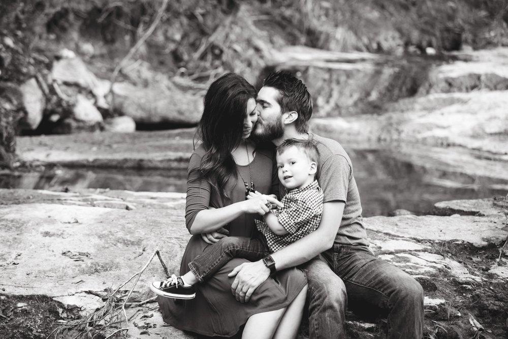 Marble_Falls_Stobaugh_Family_Photographer_Jenna_Petty_18.jpg