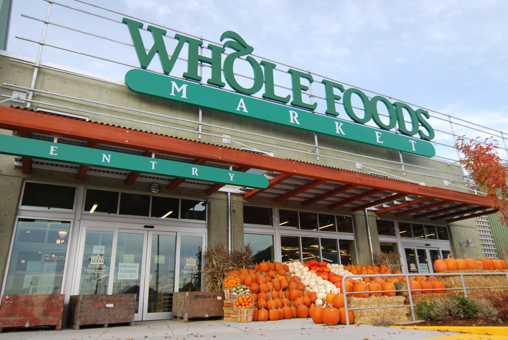 Whole Foods Edgewater 6009 N. Broadway St. Chicago, IL 60660 Willowbrook 6300 S Robert Kingery Hwy Willowbrook, IL 60527 Lakeview 3300 N. Ashland Ave Chicago, IL 60657 Lincoln Park 1550 N. Kingsbury St Chicago, IL 60642 Streeterville 255 E. Grand Ave Chicago, IL 60611 Hinsdale 500 E. Ogden Ave Hinsdale, IL 60521 Halsted and Waveland 3640 N. Halsted St Chicago, IL 60613 Green Bay Road 2748 Green Bay Rd Evanston, IL 60201
