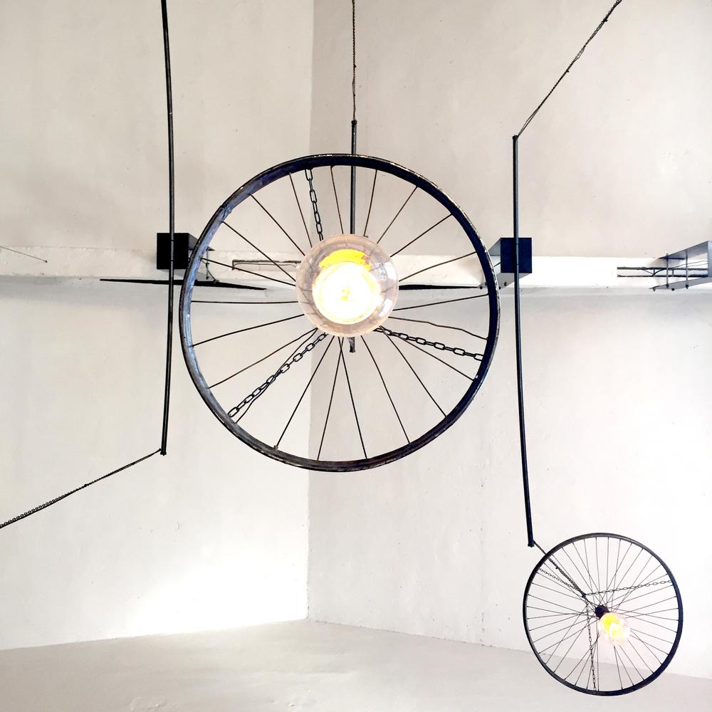 LXfactoryweelslamp.jpg