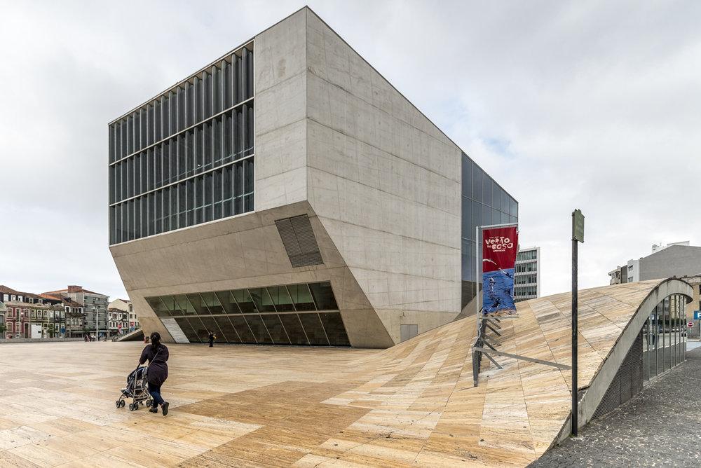 201707 Rem Koolhaas, Casa da Musica-01.jpg