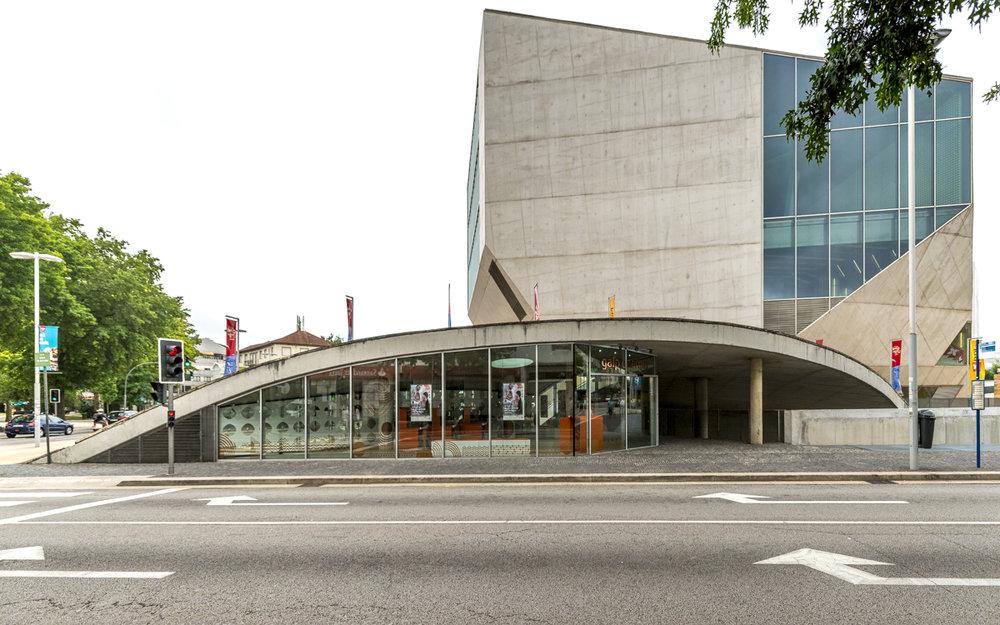 201707 Rem Koolhaas, Casa da Musica-02.jpg