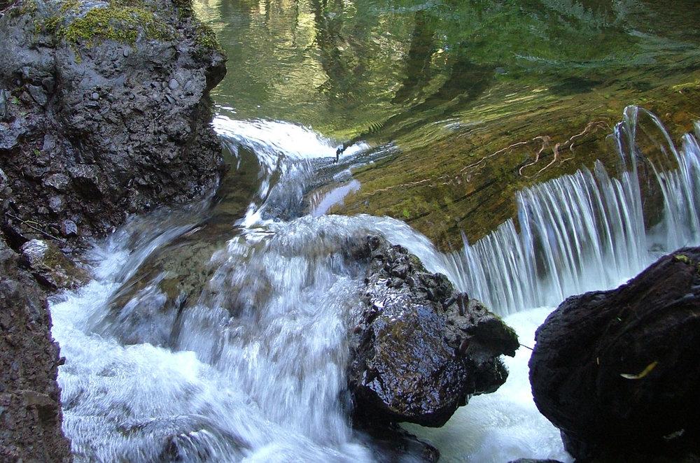 Van-Damme-waterfall72.jpg