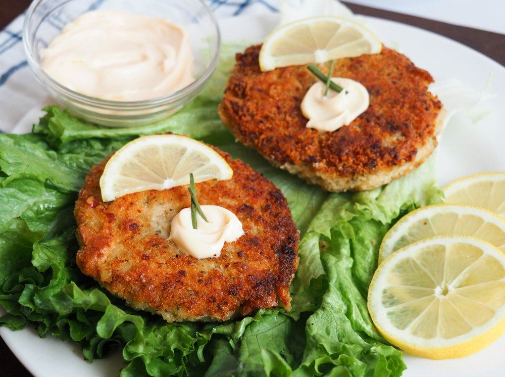 Hungry Planet Crab™   130 calories, 4g fat, 17g protein in a 3.5oz serving. Contains soy and wheat.   Hungry Planet™ Bulk Crab   Hungry Planet™ Crab Cake