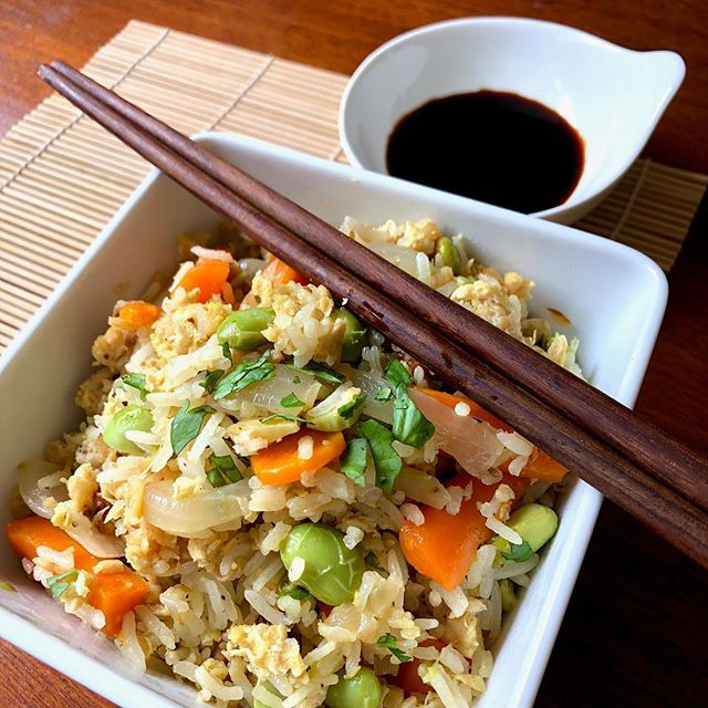 Mixing it up with pork fried rice. Plant based, of course! #plantbased #pork #hungryplanetpork #cleanprotein . . . . #plantprotein #porkfriedrice #lessmeat #cleanmeat #healthyfood #foodstagram