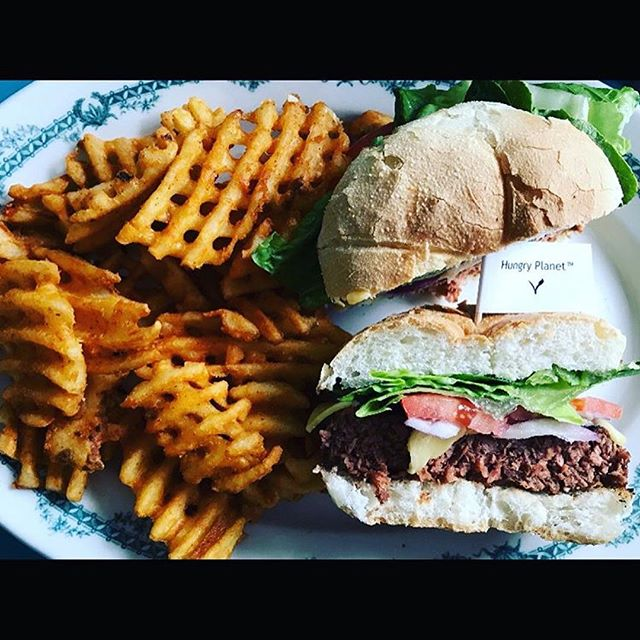 We are the dilly in Phllly!  So happy to now be served @thetastyphilly! There is a new burger in town 🎉 it's made by @hungryplanetfoods and it comes on a kaiser roll with lettuce, tomato, red onion, and American cheez. Served with your choice of side for $12.  These burgers are 5.3 oz of delicious plant based meat. They will be available Monday-Friday from here on out ❤️ #repost . . . #burger #burgers#cleanprotein #hungryplanetbeef #lessmeat #philly #burgergram #burgerandfries #plantbased