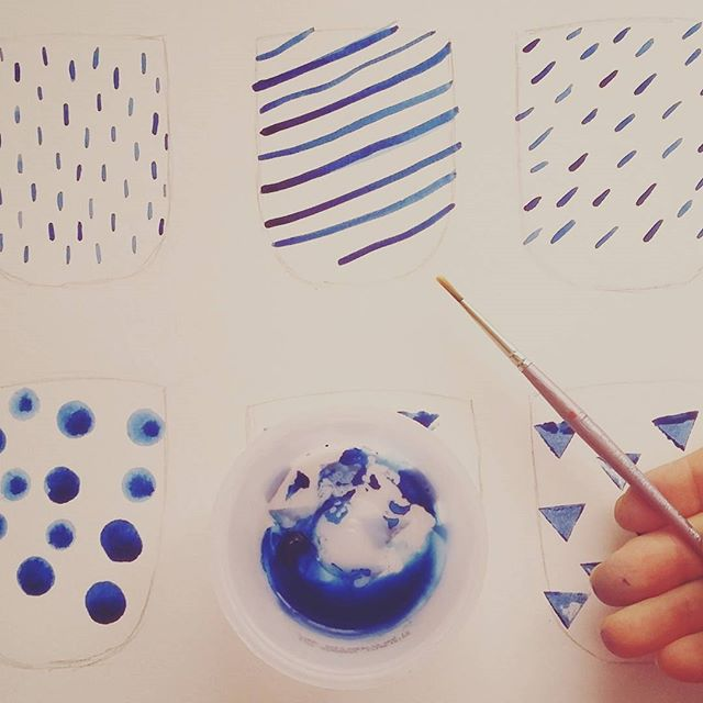 Painting some new ideas for my ceramics.  #pottery #sketches #sketching #blue #blueandwhite #awesome #oneofakind #oceramics @oceramics