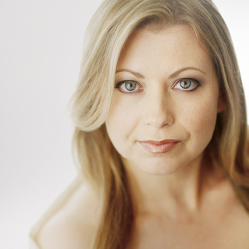 "Helen Callus - Helen Callus has been acclaimed as ""one of the world's greatest violists"" by American Record Guide."