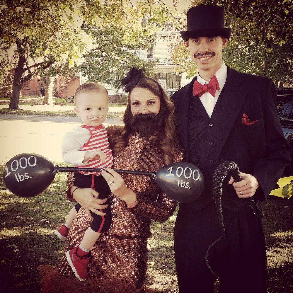 Halloween 2014-Vintage circus performers.