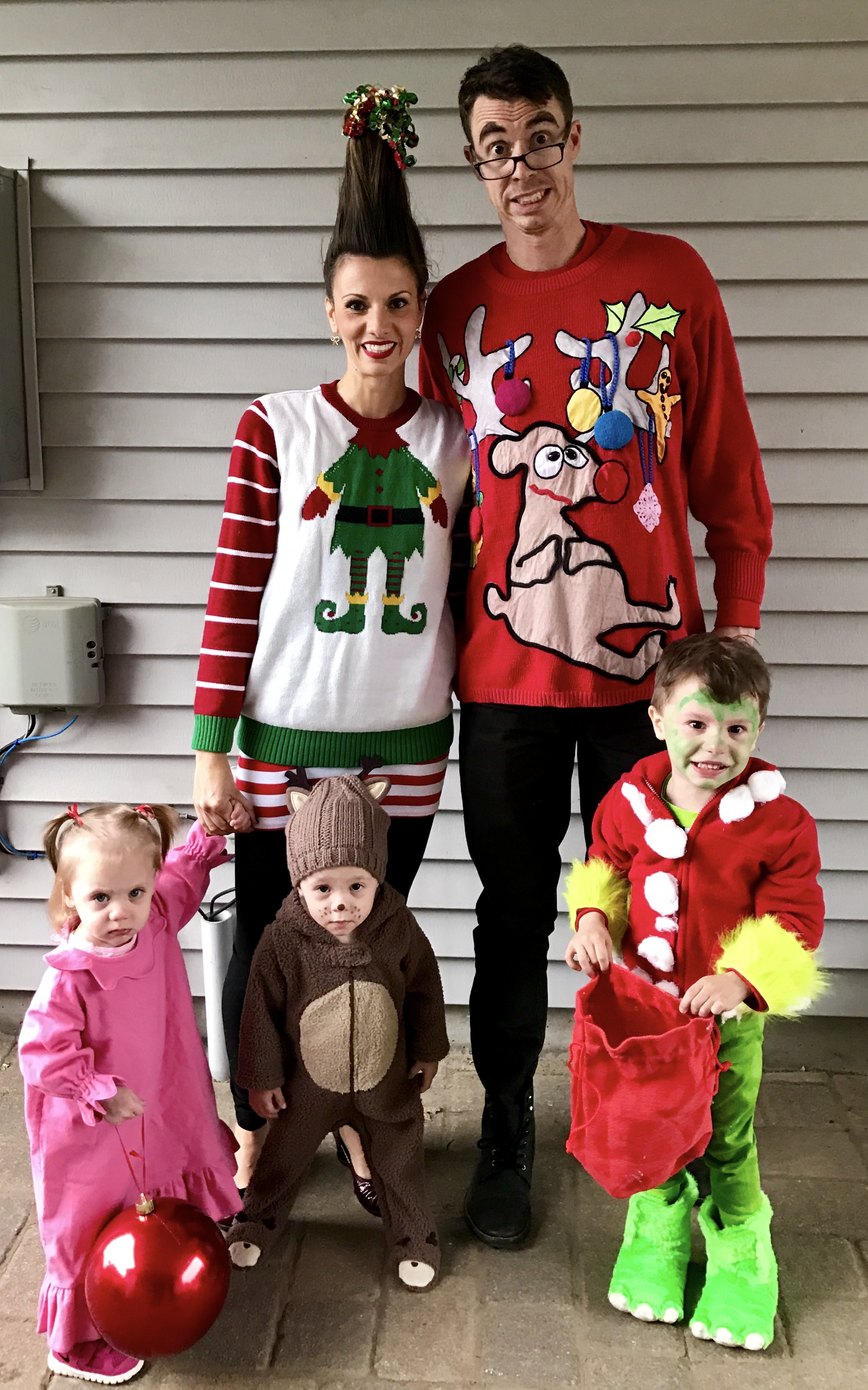 Grinch Themed Family Halloween Costumes 2016 \u2014 The Green Robe