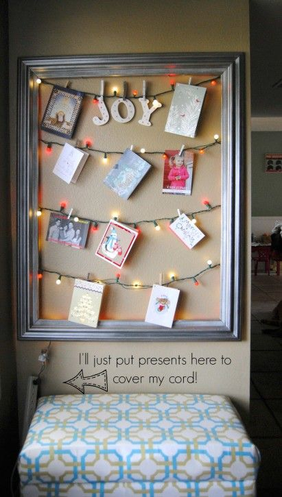 Photo courtesy  of http://www.kristendukephotography.com/15-ways-display-holiday-cards/#_a5y_p=2898805
