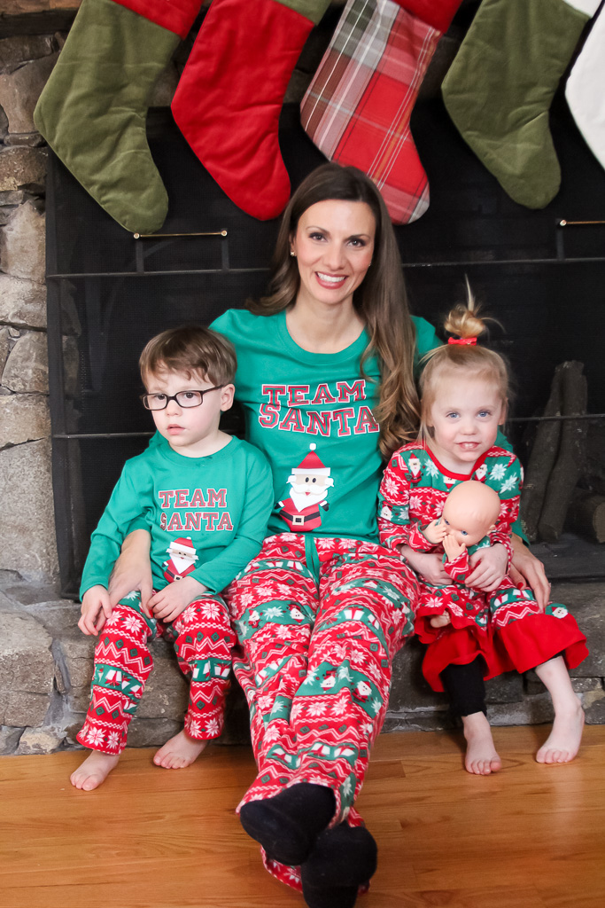 Hosting a Pancakes and Pajama Holiday Party — The Green Robe 5a8e313ca