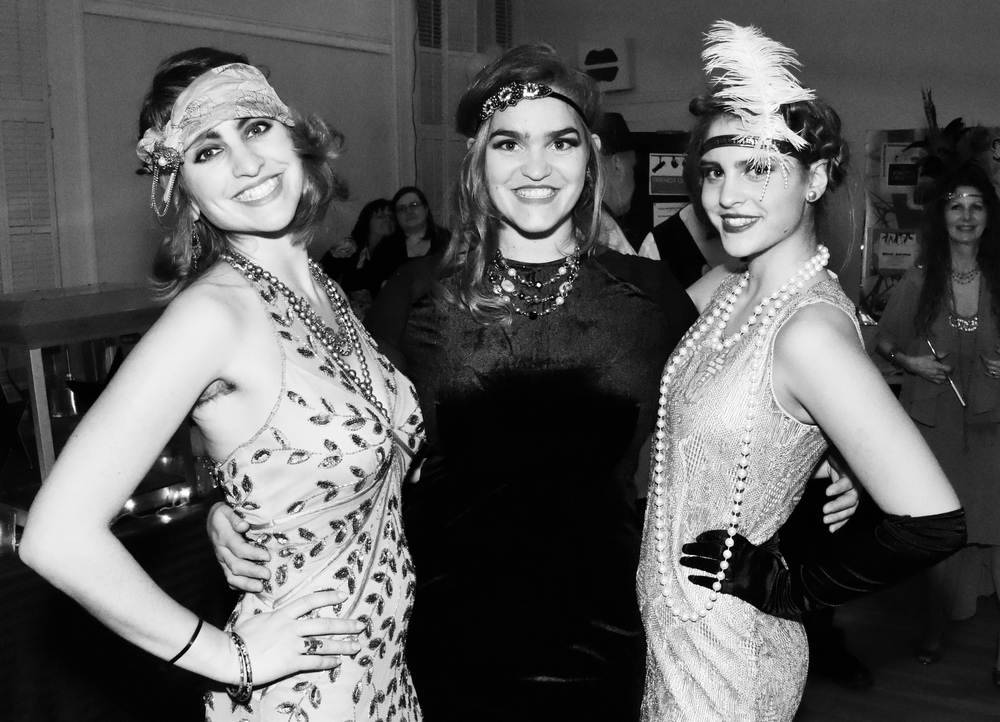 Roaring into a new decade of theater with the Cote girls at the 2016 Roaring Twenties Gala Fundraiser and 10 Year Anniversary Party.      Photo by Sean Mahar of Monson