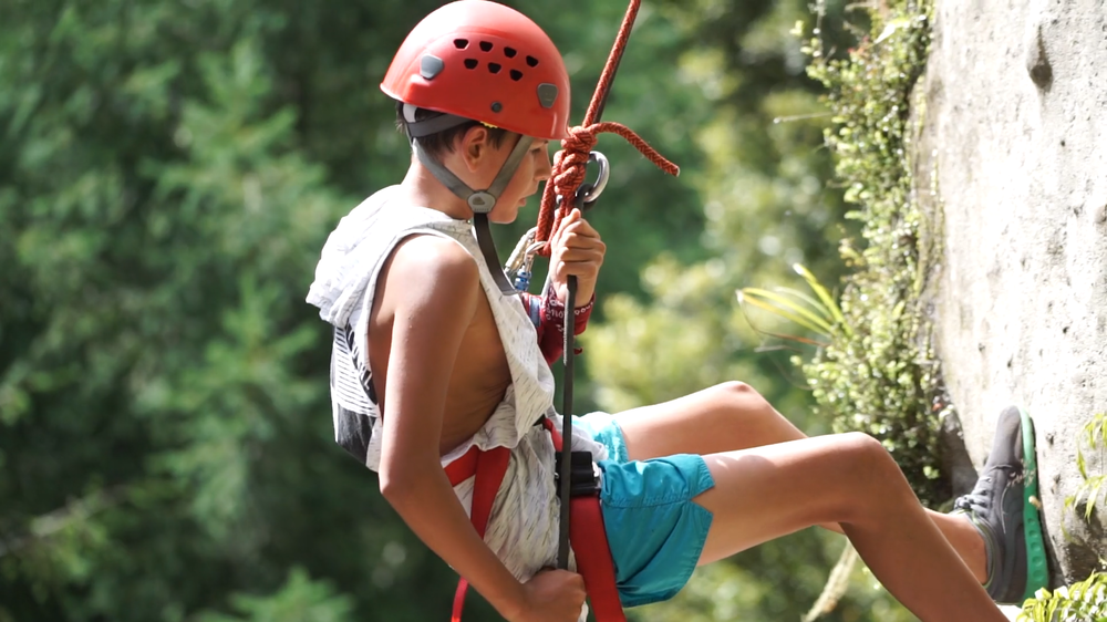 Abseiling 1.png