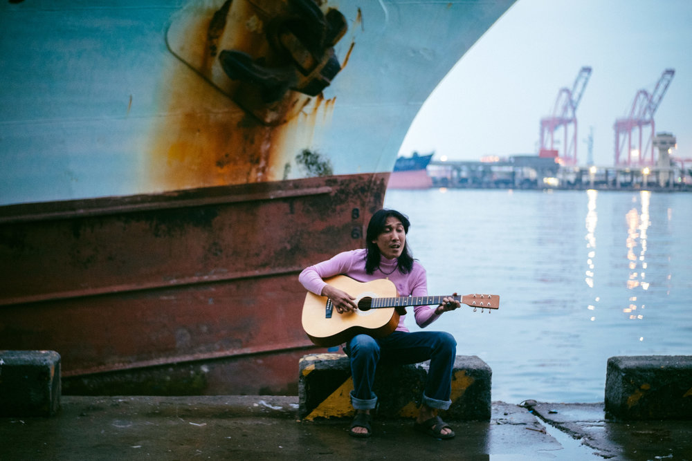 Charwei Tsai & Tsering Tashi Gyalthang,  Songs of the Migrant Workers of Kaohsiung Harbor , 2018. Courtesy of the artists.