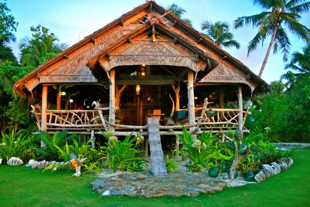 The hut that fronts Scarecrows on Togat Nusa Retreat.