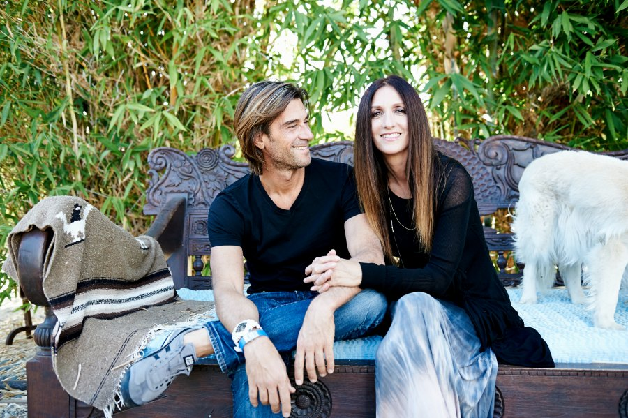 Rich Roll and Julie Piat. http://www.richroll.com